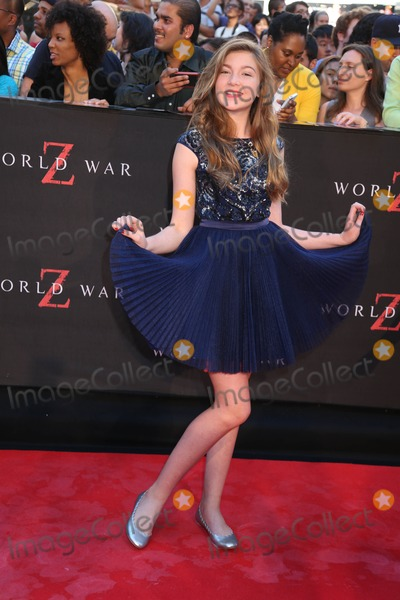 Abigail Hargrove Photo - The New York Red Carpet Premiere of World War Z Duffy Square Times Square NYC June 17 2013 Photos by Sonia Moskowitz Globe Photos Inc 2013 Abigail Hargrove
