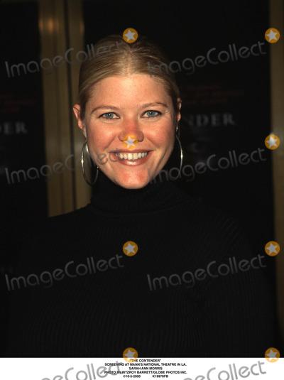 Sarah Ann Morris Photo - The Contender Screening at Manns National Theatre in LA Sarah Ann Morris Photo by Fitzroy BarrettGlobe Photos Inc 10-5-2000