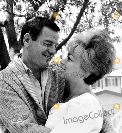 Gig Young Photo - Gig Young and Wife Elaine Photo Bybruce KernerGlobe Photos Inc
