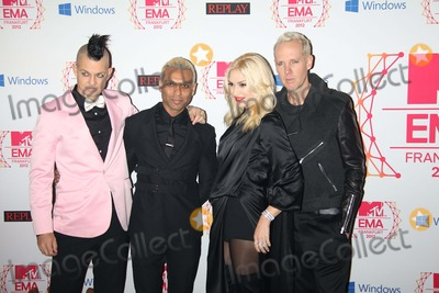 No Doubt Photo - Musicians Adrian Young (l-r) Tony Kanal Gwen Stefani and Tom Dumont of No Doubt Arrive For the Mtv Europe Music Awards (Ema) at Festhalle in Frankfurt Germany on 11 November 2012 the Music Tv Channels Award Ceremony Is in Its 19th Year and Recognizes Talent on the European Music Scene Photo Alec Michael