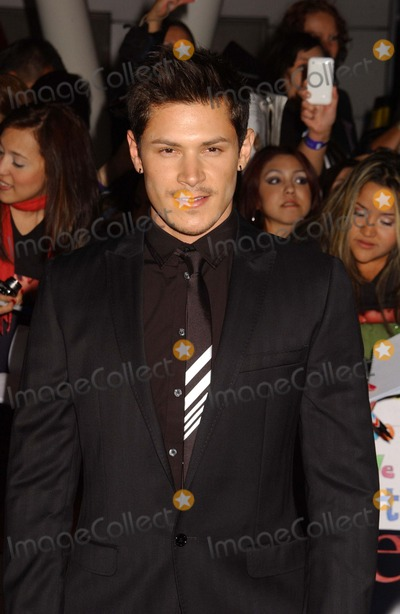 Alex Meraz Photo - Alex Meraz Attend the Premiere of the Twilight Saga Breaking Dawn-part 1 at the Nokia Theater in Los Angelesca Photo by Phil Roach-ipol-Globe Photos