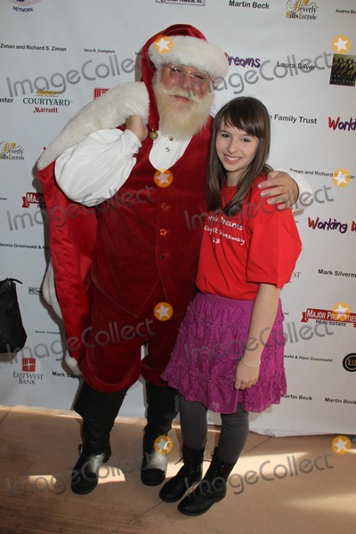 Chelsea Cook Photo - Working Dreams and Families For Children 2014 Holiday Toy Drive Marriott Courtyard Culver City CA 12162013 Santa Claus and Chelsea Cook Clinton H Wallace-Globe Photos Inc