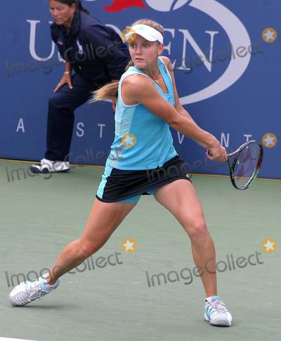 Anna Chakvetadze Photo - Us Open 2006 - Day 8 Usta Billie Jean King National Tennis Center-nyc- 090406 Anna Chakvetadze Photo by John B Zissel-ipol-Globe Photos Inc 2006