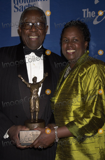 Aaron Robinson Photo - the Jackie Robinson Foundation Presents Henry Hank Aaron  Linda Johnson Rice to Be Honored with Robie Awards at the Waldorf Astoria Hotel New York City 03032003 Photo John Krondes Globe Photos Inc 2003 Henr Hank Aaron and Rachel Robinson