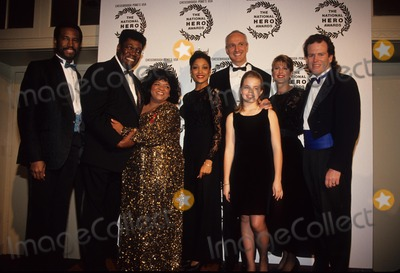 Nell Carter Photo - Nell Carter with Clemons  Aiken  Gross  Poe and Pam Dawber 1993 National Hero Award 1993 L6837ml Photo by Mitchell Levy-Globe Photos Inc