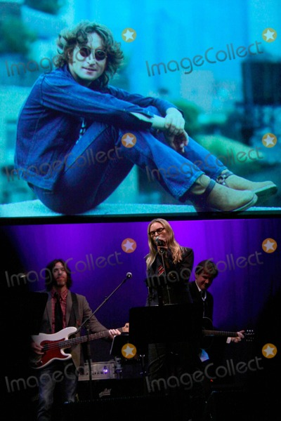 Aimee Mann Photo - John Lennon Tribute Concert to Benefit Playing For Change the Beacon Theater NYC November 12 2010 Photos by Sonia Moskowitz Globe Photos Inc 2010 Aimee Mann