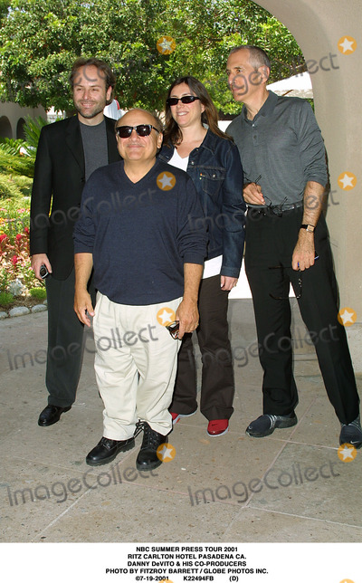 RITZ CARLTON Photo - NBC Summer Press Tour 2001 Ritz Carlton Hotel Pasadena CA Danny Devito  His Co-producers Photo by Fitzroy Barrett  Globe Photos Inc 7-19-2001 K22494fb (D)