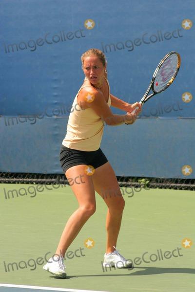 Alona Bondarenko Photo - Us Open 2008 - Day 5 Billie Jean King Tennis Center-nyc-08292008 Photo by John B Zissel-ipol-Globe Photos Inc2008