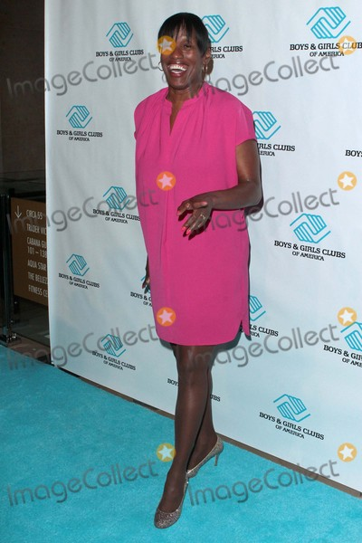 Jackie Joyner Photo - Jackie Joyner-kersee attends Boys  Girls Clubs of America Annual Great Futures Gala on November 4th 2015 at the Beverly Hilton Hotel in Beverly Hillscaliforniaphototony LoweGlobephotos