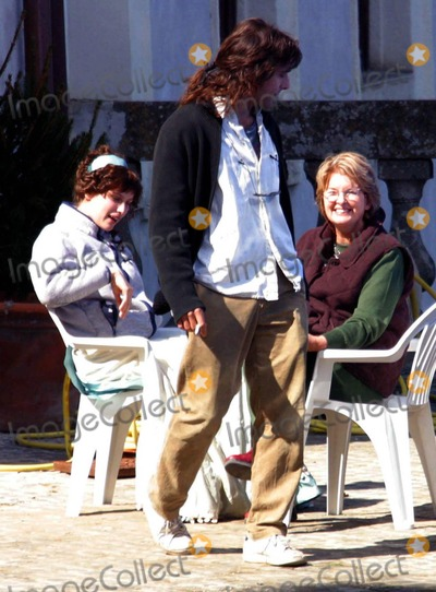 Adriano Giannini Photo - BadiaLapresseGLOBE PHOTOS INC10-03-03 Rome ItalyFilmOn the set of the film Luisa San Felice In the cast of this film there are Laetitia Casta and Adriano Giannini the son of the italian actors Giancarlo In the photo Laetitia Casta and Adriano Giannini during a breakK29548US RIGHTS ONLY