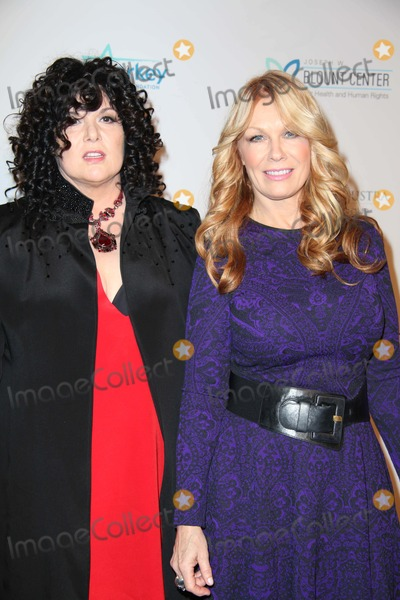 Ann Wilson Photo - Elton John Aids Foundation 12th Annual an Enduring Vision Benefit 2013 Cipriani Wall Street NYC October 15 2013 Photos by Sonia Moskowitz Globe Photos Inc 2013 Ann Wilson Nancy Wilson