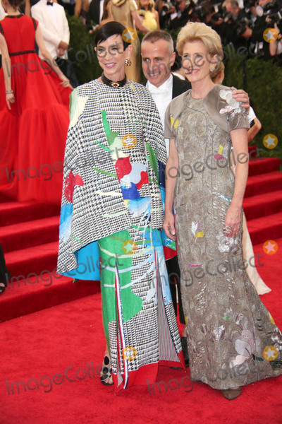 Amy Fine Collins Photo - The Costume Institute Gala Benefit China Through the Looking Glass  Red Carpet Arrivals the Metropolitan Museum of Art NYC Photos by Sonia Moskowitz Globe Photos Inc Amy Fine Collins Thom Browne