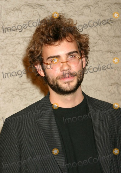Rossif Sutherland Photo - Timeline - World Premiere at the Manns National Theatre Westwood CA 11192003 Photo by Ed Geller egiGlobe Photos Inc 2003 Rossif Sutherland