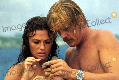 Jacqueline Bisset Photo - Nick Nolte and Jacqueline Bisset in the Deep 1977 Supplied by RangefindersGlobe Photos Inc