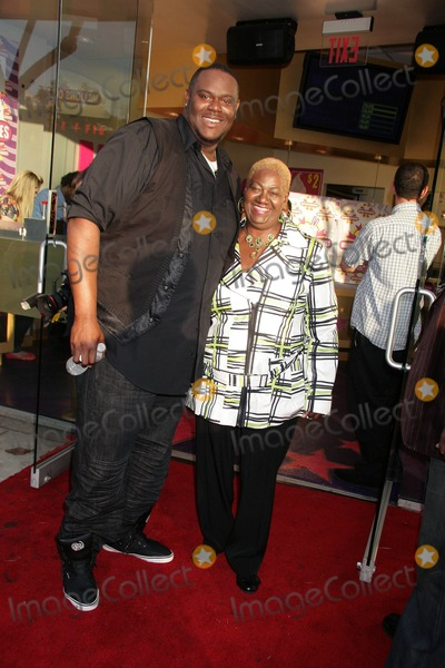Abraham McDonald Photo - Def Jam Recording Artist Abraham Mcdonald Launches Miracle Shake at Millions of Milkshakes West Hollywood CA 04242010 Abraham Mcdonald and His Mom Virginia Smith Photo Clinton H Wallace-photomundo-Globe Photos Inc
