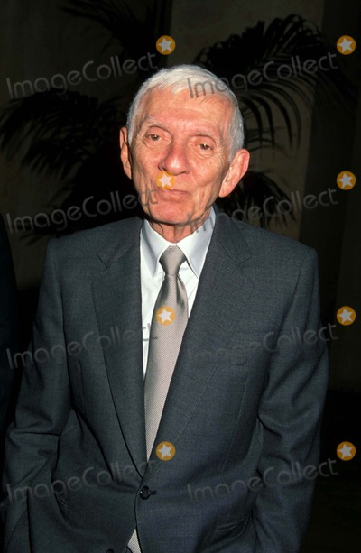 Aaron Spelling Photo - Spelling Christmas Party Beverly Hilton Hotel 12-04-1998 Aaron Spelling Photo by Barry King-ipol-Globe Photos Inc
