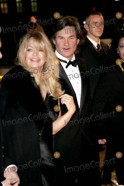 Goldie Photo - Goldie Hawn Kurt Russell Goldene Kamera Awards Axel Springer Hausberlin 02092005 Alec MichaelGlobe Photos Inc