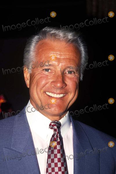 Lyle Waggoner Photo - Lyle Waggoner 1993 Photo by Bob KatesGlobe Photos Inc