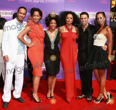 photos and pictures guest tracee ellis ross rhonda ross kendrick diana ross evan ross. Black Bedroom Furniture Sets. Home Design Ideas