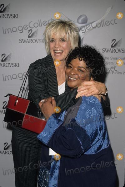 Nell Carter Photo - Nell Carter with Linda Gray Crystal Awards at Century Plaza Hotel in Los Angeles 2001 K22052fb Photo by Fitzroy Barrett-Globe Photos Inc