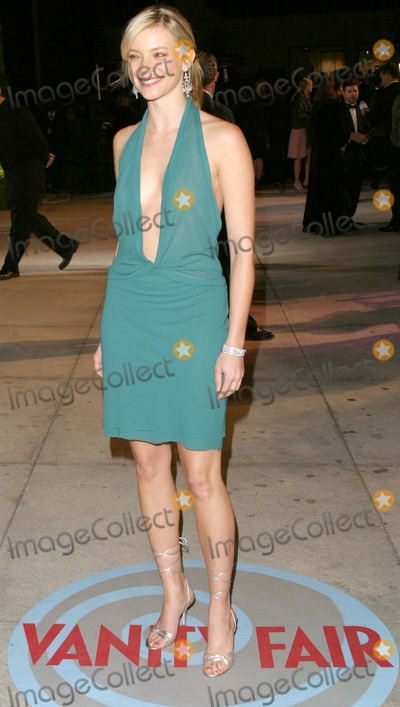Amy Smart Photo - Vanity Fair Oscar Party 2004 at Mortons Restaurant West Hollywood California 022904 Photo by Kathryn IndiekGlobe Photos Inc2004 Amy Smart