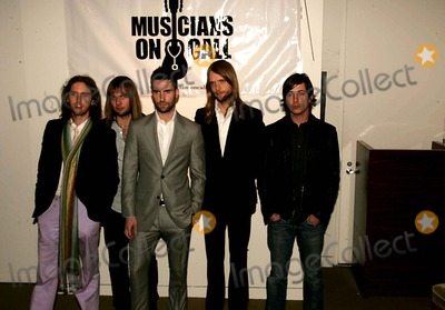 James Valentine Photo - THIRD ANNUAL CONCERT AND AUCTION TO BENEFIT MUSICIANS ON CALL FEATURING MUSICAL PERFORMANCES AND CLOTHING AND GUITARS  SIGNED BY THE ARTIST PUT UP FOR AUCTION AT SOTHEBYSYORK AVENUE  03-30-2007PHOTOS BY RICK MACKLER RANGEFINDER-GLOBE PHOTOS INC2007MUSIC GROUP MAROON FIVE MICKEY MADDEN JAMES VALENTINE ADAM LEVINE JESSE CARMICHAEL AND MATT FLYNK52426RM