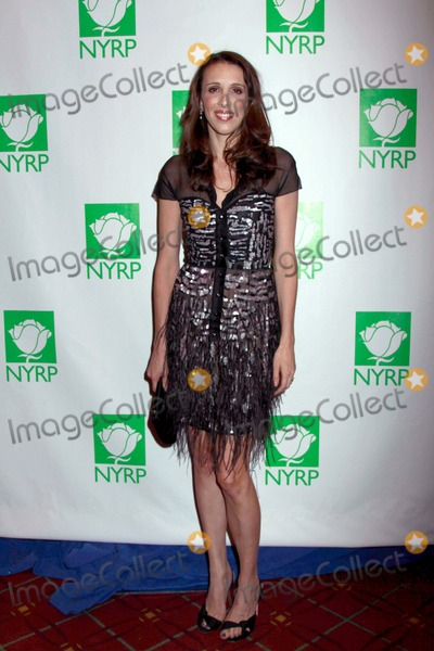 ALEXANDRA  KERRY Photo - Bette Midlers New York Restoration Project Celebrates 15th Birthday at Annual Hulaween Gala the Waldorf Astoria Hotel NYC 10-29-2010 Photos by Sonia Moskowitz Globe Photos Inc 2010 Alexandra Kerry