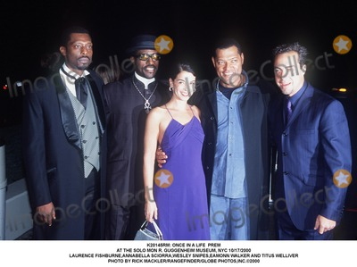 Annabella Sciorra Photo -  Once in a Life Prem at the Solo Mon R Guggenheim Museum NYC 10172000 Laurence Fishburneannabella Sciorrawesley Snipeseamonn Walker and Titus Welliver Photo by Rick MacklerrangefinderGlobe Photosinc