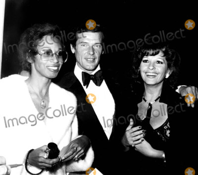 Altovise Davis Photo - Roger Moore and Wife Luisa with Altovise Davis (Wife of Sammy Davis Jr) Photo by Globe Photos