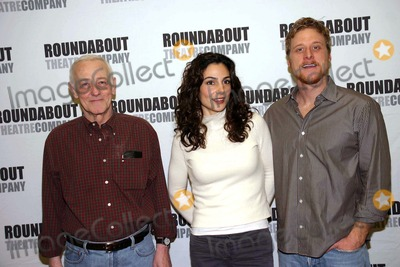 Alan Tudyk Photo - a Photo Op with the Cast of Prelude to a Kiss in Their New York Rehearsal Hall at the Roundabout Rehearsal Studio New York City 01-19-2007 Photo by Barry Talesnick-ipol-Globe Photos 2007 John Mahoney Annie Parisse Alan Tudyk