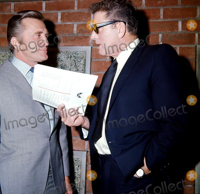 Burt Lancaster Photo - Kirk Douglas and Burt Lancaster Globe Photos Inc