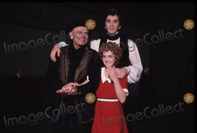 Andrea McArdle Photo - Yul Brynner with Frank Langella and Andrea Mcardle 1978 G5904c Photo by Michael a Norcia-Globe Photos Inc