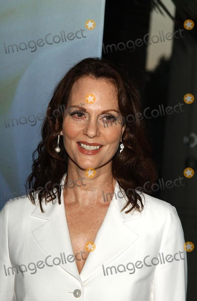 Leslie Ann Warren Photo -  the 54th Annual Writers Guild of America Awards the Beverly Hilton Beverly Hills CA 03022002 Photo by Amy GravesGlobe Photosinc2002 (D) Leslie Ann Warren