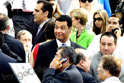 Alex Padilla Photo - City of Los Angeles Inaugural Ceremony For the New Mayor Antonio Villaigosa Held on the South Lawn of City Hall on July 1 2005 Councilman Bernard Parks 8th District President of City Council Alex Padilla