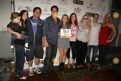 Ellen Lavinthal Photo - Rescues Gone Wild Calendar Release Party Hosted by Renee Simlak Healthy Spot Santa Monica CA 10-03-2010 Renee Simlak Ellen Lavinthal David Sobel and Guests Photo Clinton H Wallace-ipol-Globe Photos Inc
