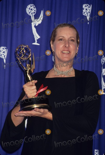 Betty Thomas Photo - Betty Thomas at 45th Annual Primetime Emmy Awards 1993 L6452lr Photo by Lisa Rose-Globe Photos Inc