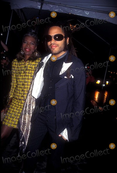 Lenny Kravitz Photo - Lenny Kravitz with His Mother Roxie Roker 05-17-1995 Seventh on Sale Gala Opening Photo by Rose Hartman-Globe Photos Inc