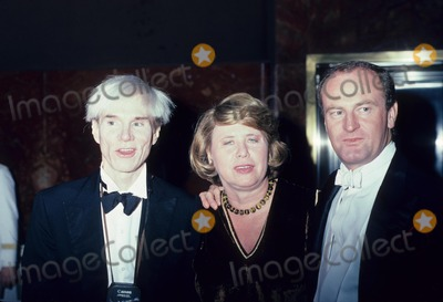 Liz Smith Photo - Andy Warhol with Liz Smith and Peter Allen 1982 E2821 Photo by John Barrett-Globe Photos Inc