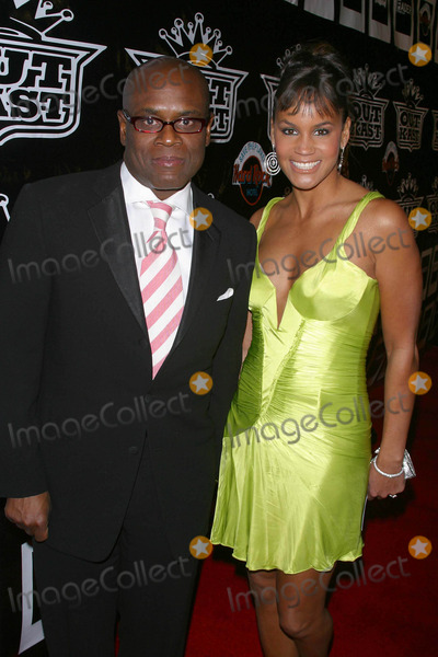 Antonio LA Reid Photo - Polaroidoutkast Grammy Party at a Private Residence in the Hollywood Hills in Hollywood California 020804 Photo Bymilan RybaGlobe Photos Inc 2004 Antonio LA Reid and Wife