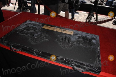 Jimmy Chamberlin Photo - Billy Corgan and Jimmy Chamberlin Handprints During the Induction Ceremony For the Smashing Pumpkins Into Hollywoods Rockwalk on April 23 2008 in Los Angeles Photo by Michael Germana-Globe Photos