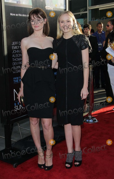 ALLISON PILL Photo - Emily Mortimer Allison Pill Attend Los Angeles Premiere of Hbos the Newsroom on the 20th June 2012 at the Cinerama Domelos AngelescausaphototleopoldGlobephotos