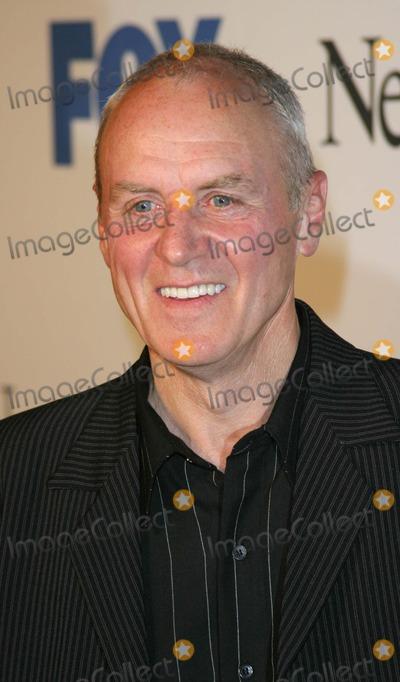 Alan Dale Photo - Alan Dale - the Oc - Season Finale Party - Falcon Hollywood CA - 04202004 - Photo by Nina PrommerGlobe Photos Inc2004