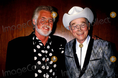 Roy Rogers Photo - Kenny Rogers and Roy Rogers Photo Bylisa RoseGlobe Photos Inc 1992 Kennyrogersretro