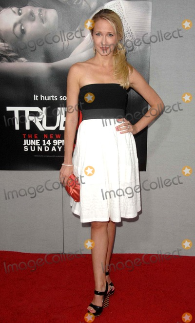 Anna Camp Photo - Anna Camp attends the Los Angeles Premiere of the Second Season of Hbos Series True Blood Held at the Paramount Theater in Hollywood California on June 9 2009 Photo by David Longendyke-Globe Photos Inc 2009 Anna Camp