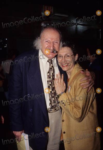 Al Lewis Photo - AL Lewis with Wife Karen 30th Anniversary Party For Screw Magazine at Carbon in New York 1998 K13278bc Photo by Bruce Cotler-Globe Photos Inc