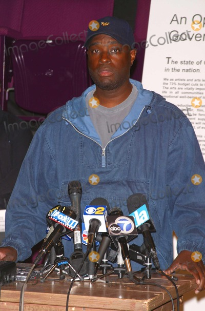 Antwone Fisher Photo - Arts Community Leaders Urge Governor and Legislators Against Slashing Statewide Arts Programs in California - the Actors Gang Theatre Hollywood CA - 06232003 - Photo by Milan Ryba  Globe Photos Inc 2003 - Antwone Fisher