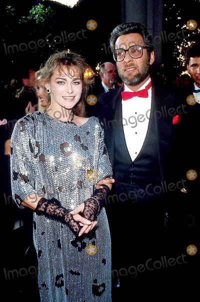 Joanna Pacula Photo - Academy Awards Oscars 1986 James ColburnipolGlobe Photos Inc Joanna Pacula Jack Haley Jr