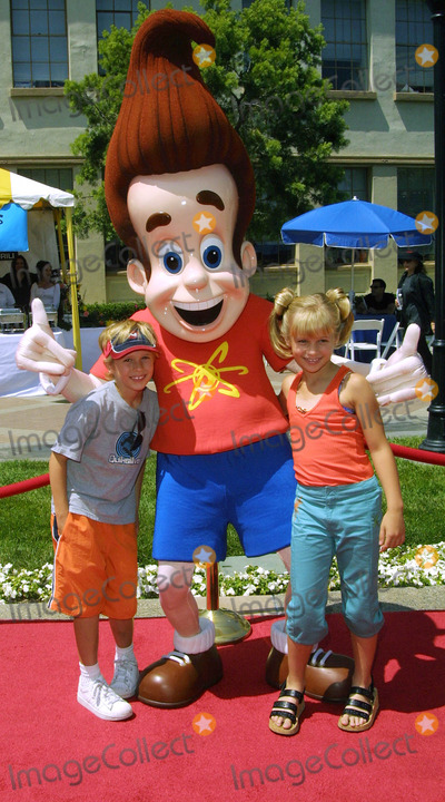 Cayden Boyd Photo - Cayden Boyd and His Sister Jenna Boyd with Jimmy Neutron Hey Arnold the Movie - Premiere Paramount Studios Hollywood CA June 23 2002 Photo by Nina PrommerGlobe Photos Inc2002