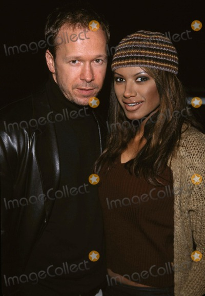 Traci Bingham Photo -  Diamondmen Premiere Laemmles Fairfax Theatre Beverly Hills CA 11202001 Donnie Wahlberg and Traci Bingham Photo by Tom RodriguezGlobe Photosinc