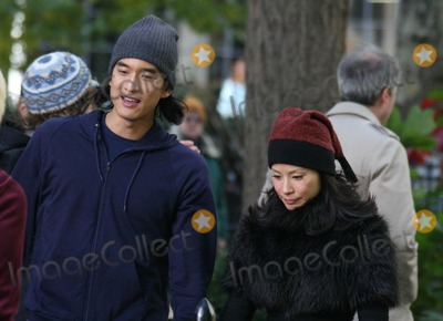 Jack Yang Photo - On Tv Film Set of Cashmere Mafia  at Madison Square Park 23st 5ave Date 11-16-07 Photos by John Barrett-Globe Photosinc Lucy Liujack Yang